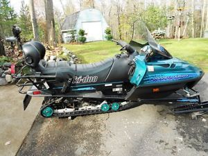 Skidoo Grand Touring 583 Liquid Cooled Two Up Sled 1997