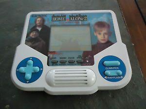 Home Alone Tiger Electronics Handheld Game Vintage 1988