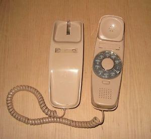Vintage Trimline Desk Telephone Bell System AD2 Rotary Phone