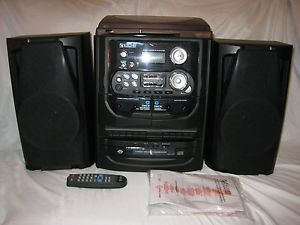 Encore Shelf Stereo System w Turntable 3 CD Changer and Dual Cassette Deck