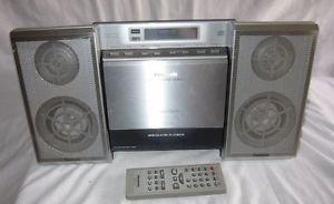 Panasonic SA EN17 CD Am FM Shelf Compact Stereo System with Original Remote