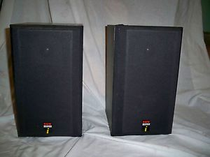 Pair of 600 Series Bookshelf Speakers Model DM600 Bowers Wilkins