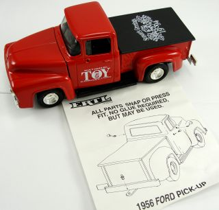 """Ertl National Toy Connection 1956 Ford Pick Up Truck Bank Original Box 7 5 8"""""""