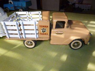 1959 Tonka Farms Stake Truck w Horse Trailer