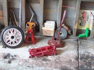 Detailed Floor Jack Kit for Race Car Hot Rod Garages Dioramas