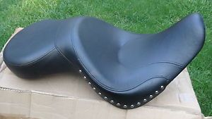 Harley Davidson Sundowner Deep Bucket Seat on PopScreen