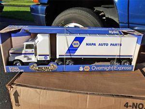 Nylint Tractor Trailer: Cars, Trucks & Vans