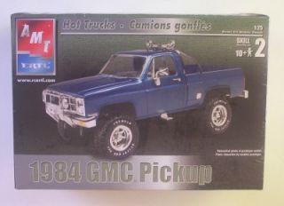 GMC 4x4 Pickup Truck Lifted Suspension Fleetside AMT 1 25 SEALED Model Kit