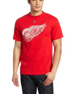NHL Detroit Red Wings Pavel Datsyuk Premier Tee Player Name & Number Tee Men's: Clothing