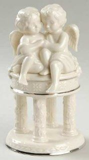 Lenox China Wedding Promises Collection Cherub Cake Topper, Fine China Dinnerware: Kitchen & Dining