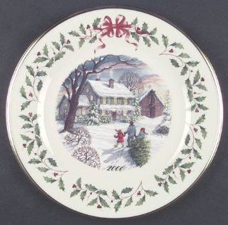 Lenox China Holiday Annual Christmas Plate with Box, Collectible   1784546 Kitchen & Dining