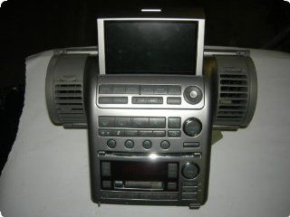 Radio  INFINITI G35 03 receiver, (AM FM stereo cassette w/6 disc CD), from 8/02, Bose system Automotive