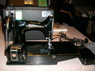 ANTIQUE SINGER PORTABLE ELECTRIC SEWING MACHINE MODEL NO. 221 1