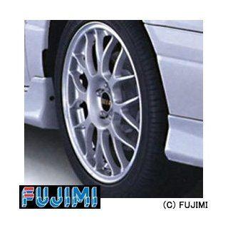 Fujimi TW35 BBS RG346 Wheel & Tire Set 17 inch 1/24 Scale Kit Toys & Games