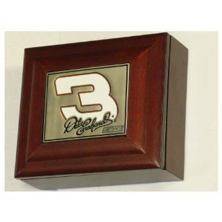 NASCAR Dale Earnhardt Sr. Wood Collectors Box  Lithographic Prints  Sports & Outdoors
